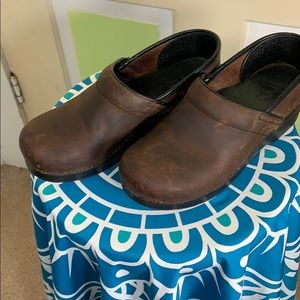 DANSKO professional staple clogs size 39 brown